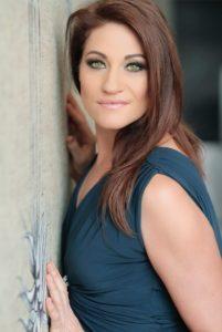 Nadine @ Die Blou Hond Theatre - Casa Toscana