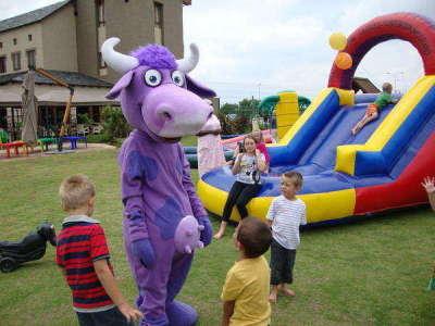 Purple Cow Family Restaurant - Midstream - Child Friendly Restaurant